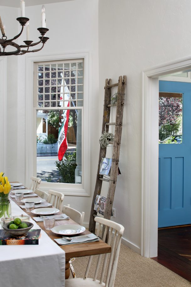 sonoma bnb dining and entry